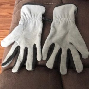 Nike gloves one size